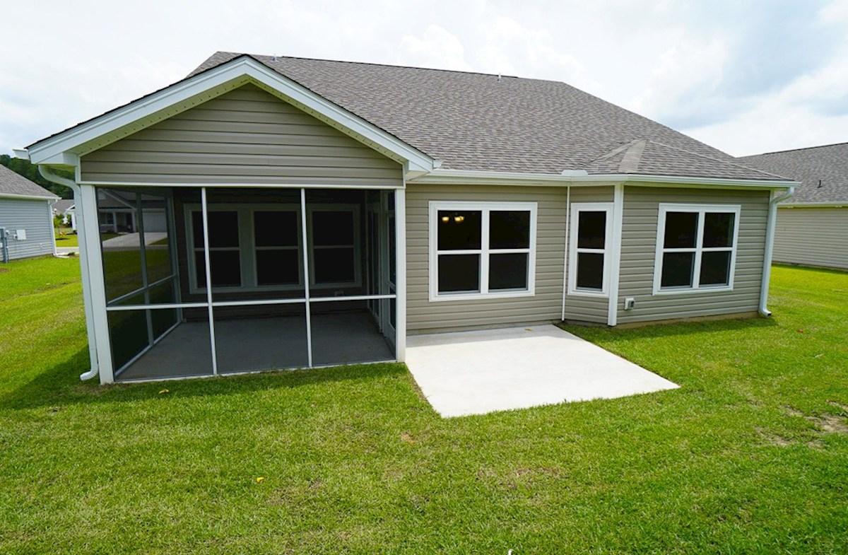 Summerton quick move-in private backyard