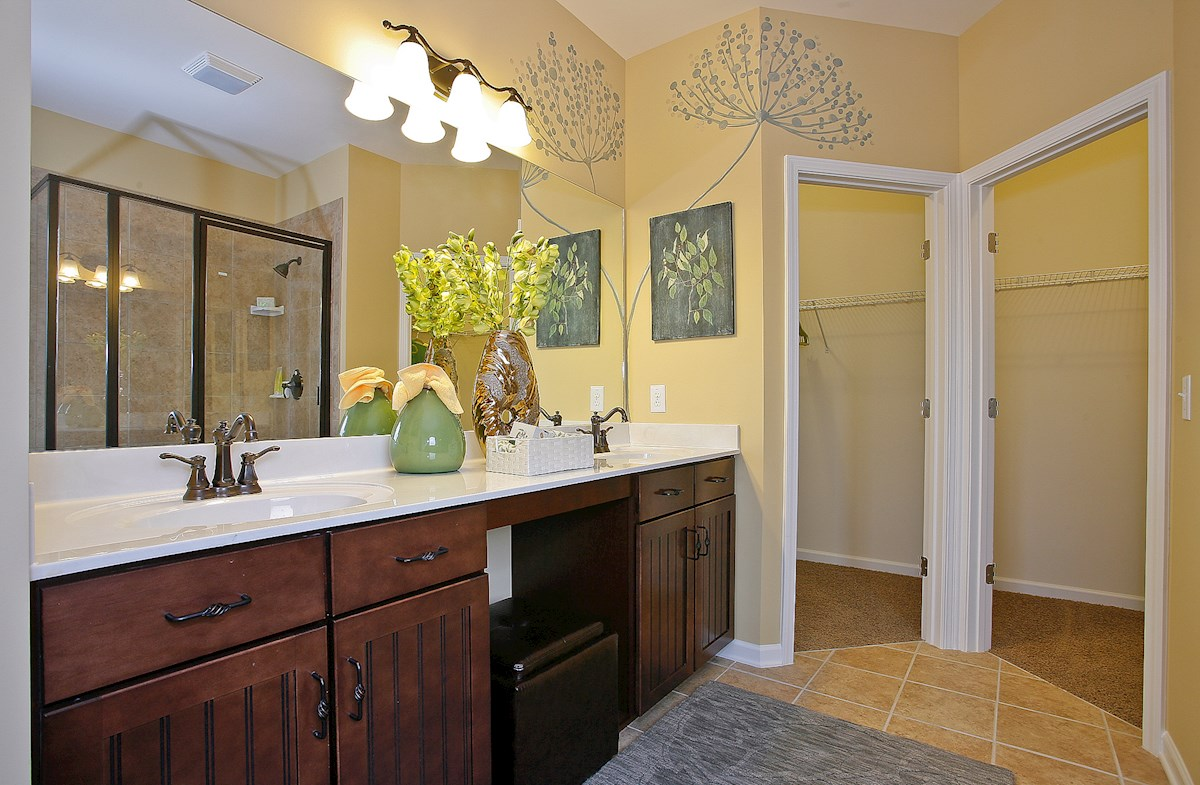 Whittmore Greenwich convenient master bath