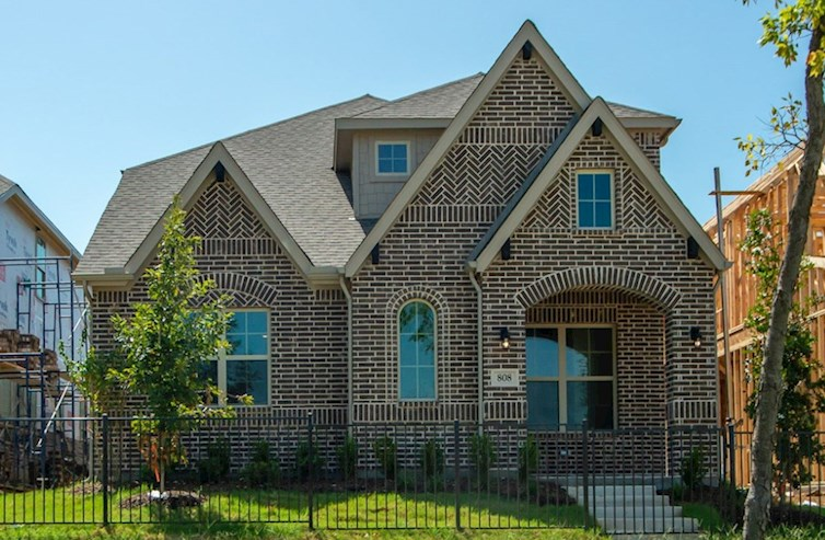 Brazos Elevation English Revival N quick move-in
