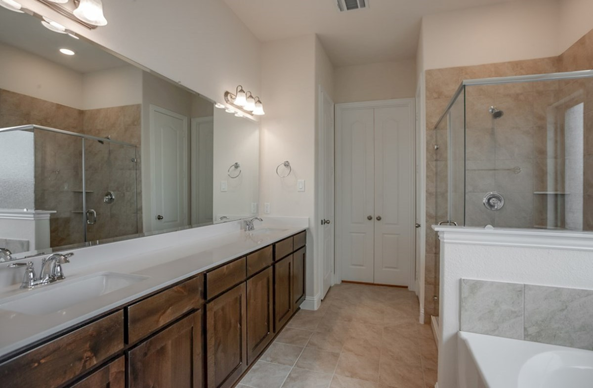 Brazos quick move-in large master bathroom with double vanities