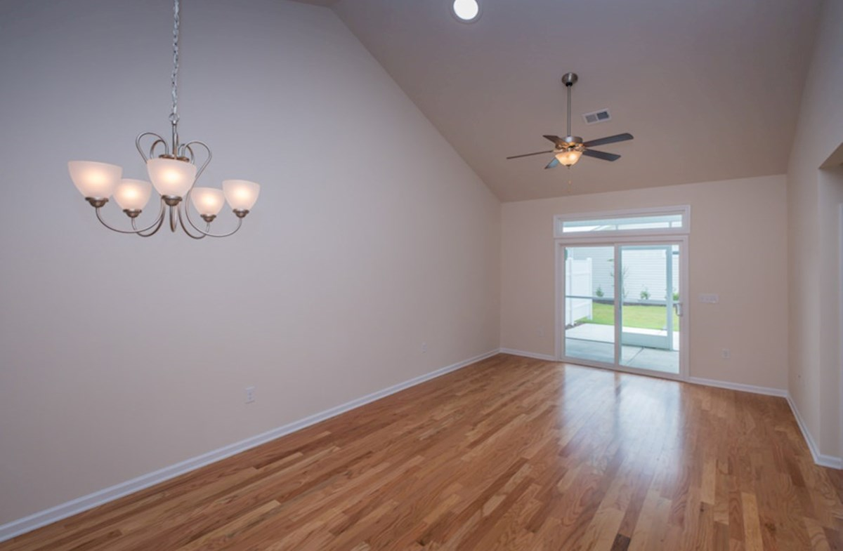 Wisteria quick move-in spacious great room