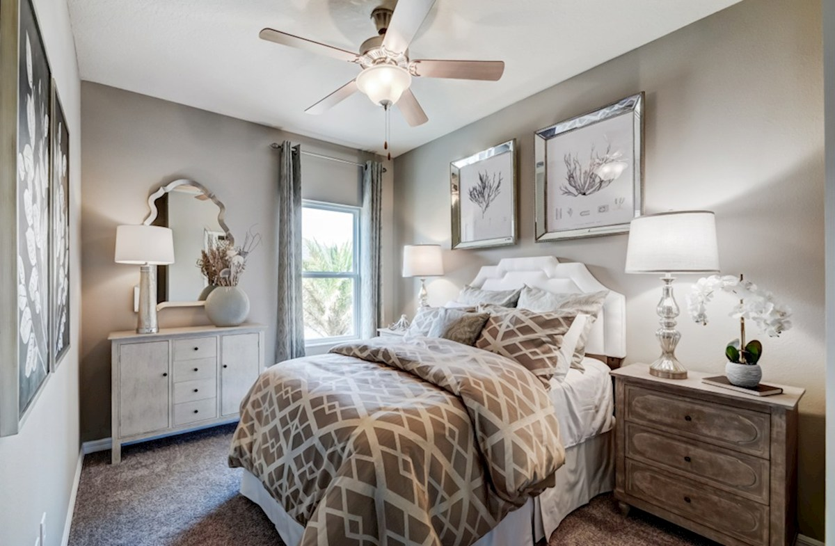 Harpeth Springs Village Jackson secondary bedroom located upstairs