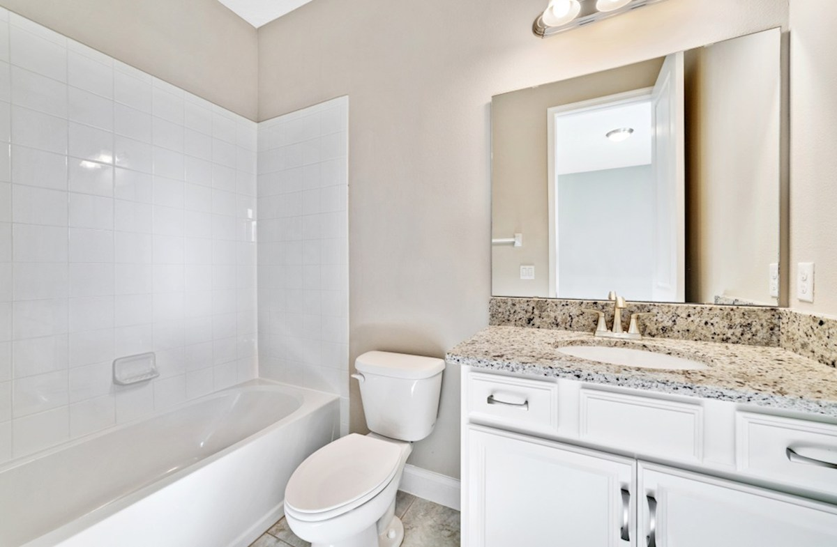 Lakeshore of Wekiva Carlisle en suite bath