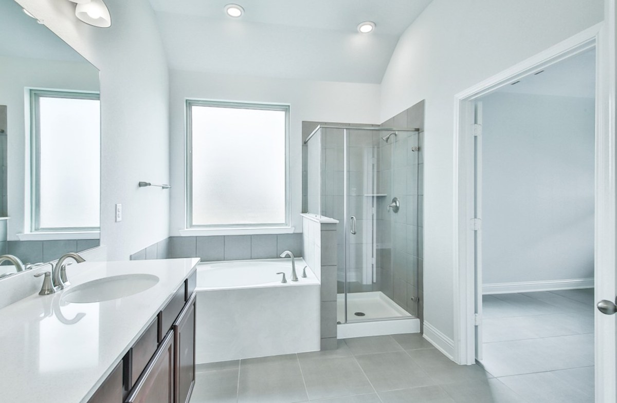 Capri quick move-in master bathroom with tub and shower