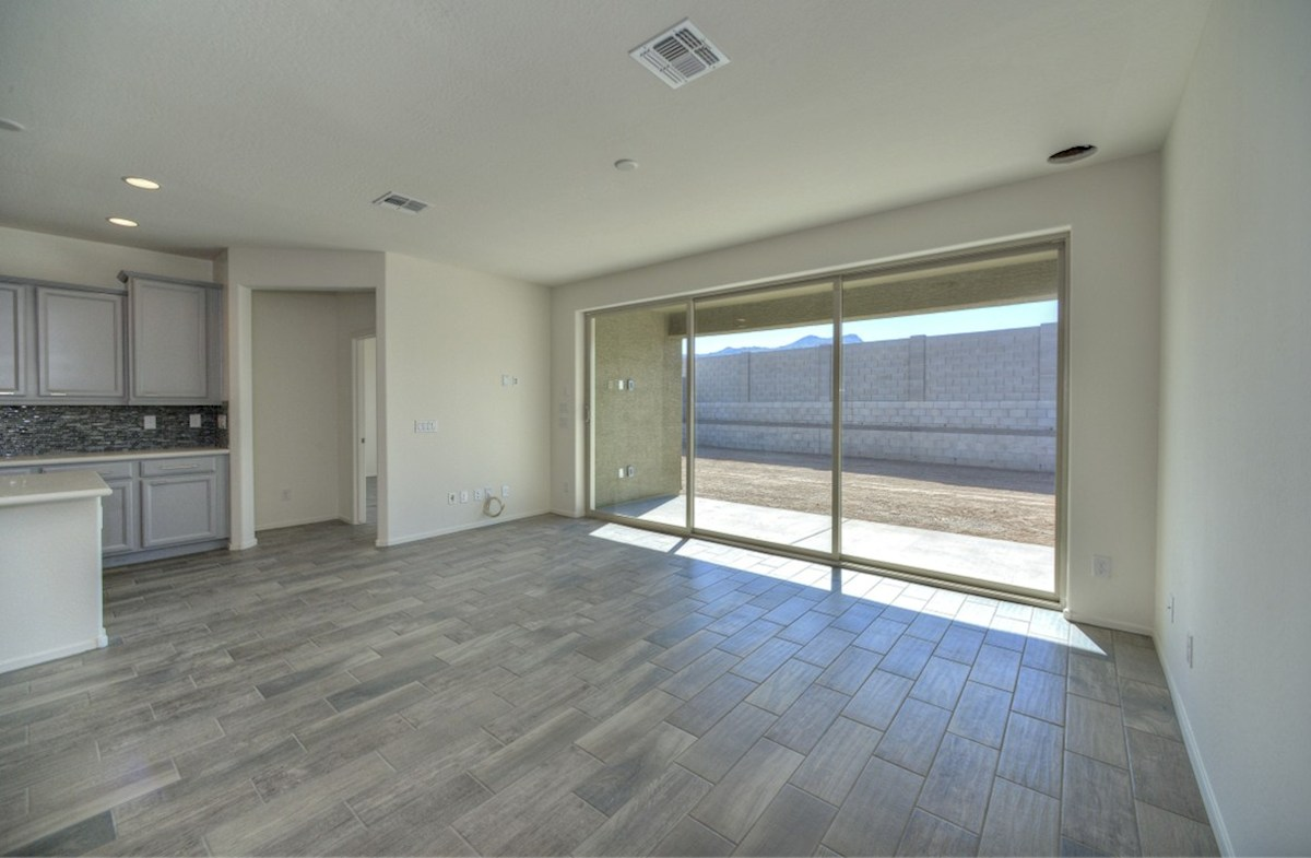 Chaparral quick move-in upgraded sliding door