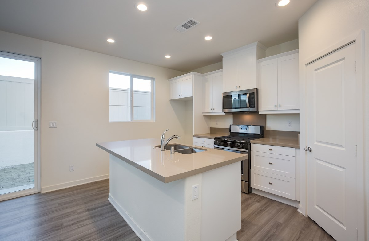 Daisy quick move-in kitchen with hardwood floors