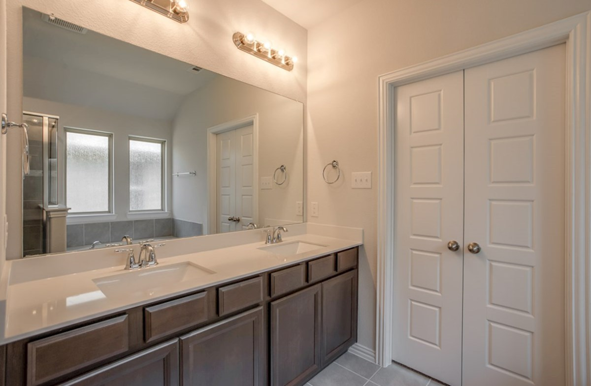 Baxter quick move-in master bath with dual vanities