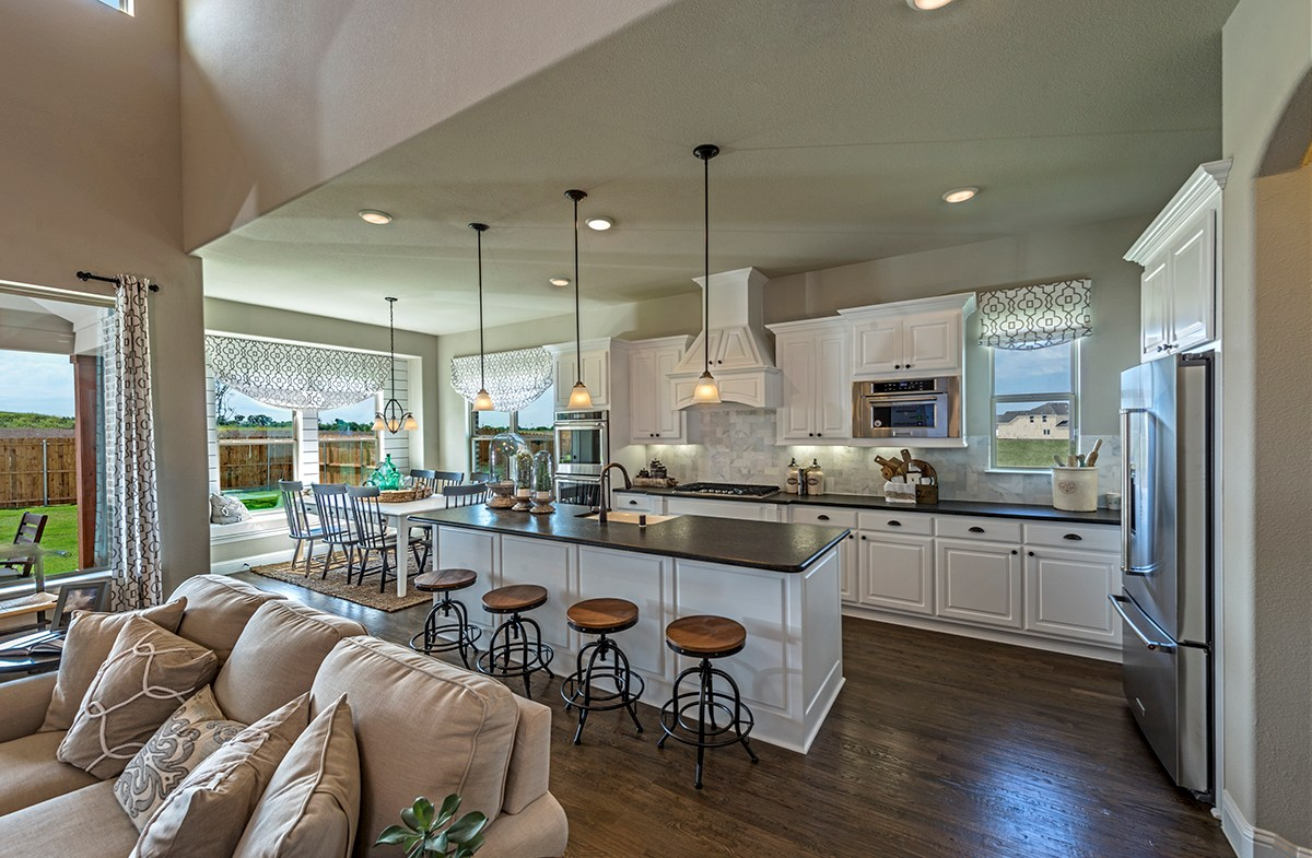 Summerfield open kitchen and breakfast nook