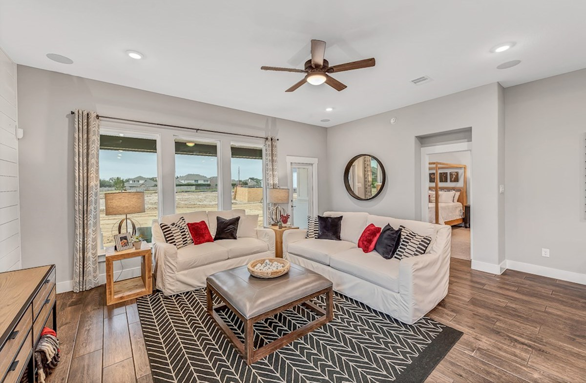 Bridgeland: Harmony Grove Messina light-filled great room