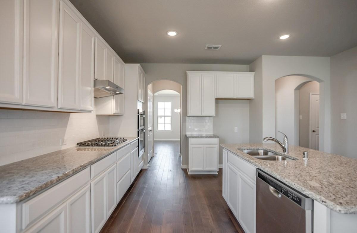 Prescott quick move-in Prescott kitchen with double oven