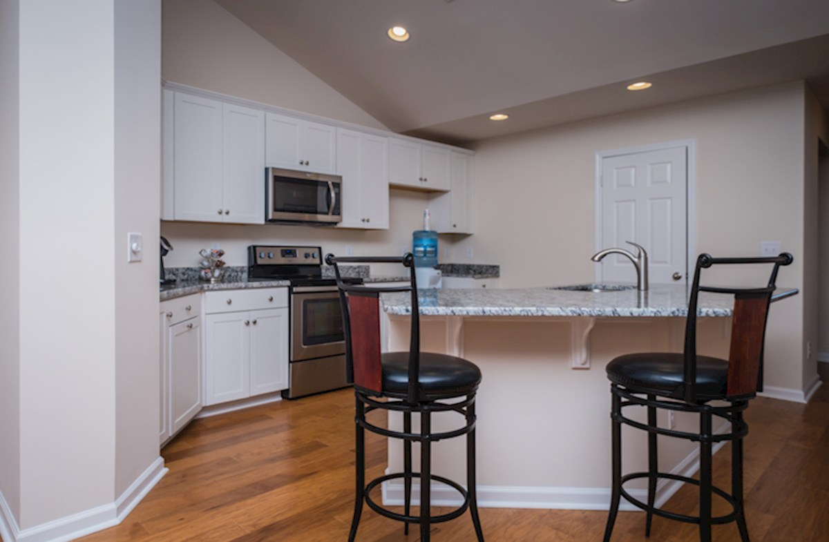 Summerton quick move-in bar seating in kitchen