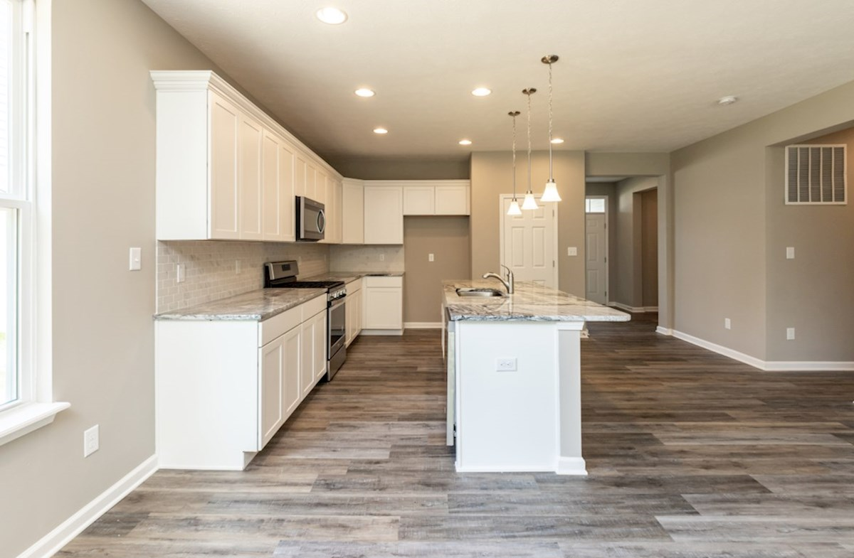 Hamilton quick move-in open kitchen with spacious island