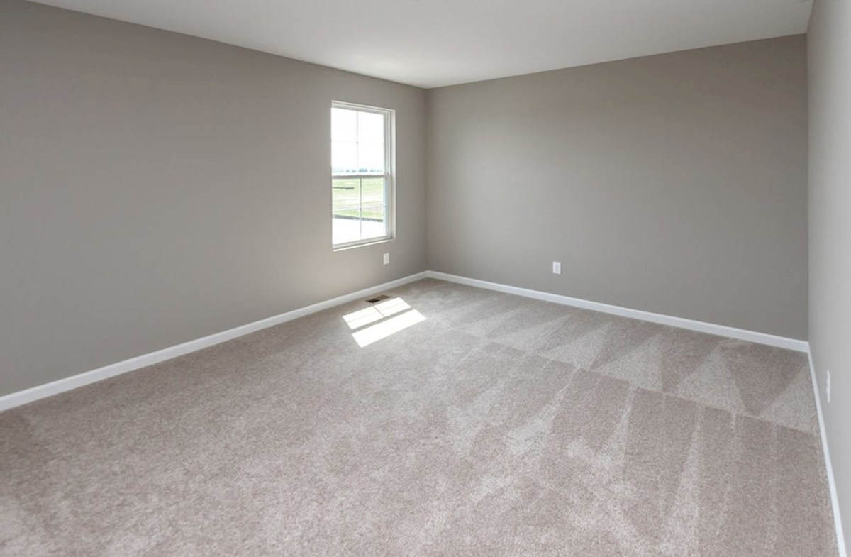 Lawrence quick move-in Extra rooms for your guests