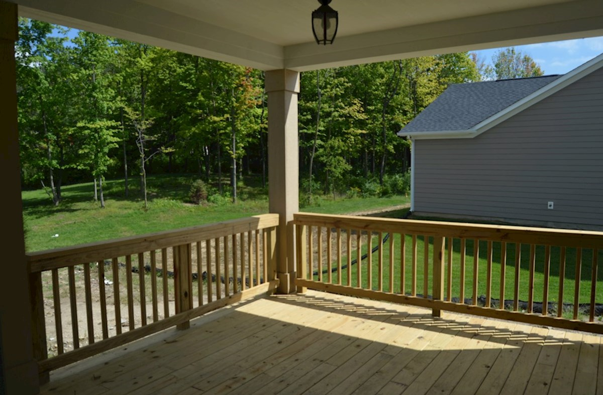 Charleston quick move-in Large back deck for outdoor entertaining