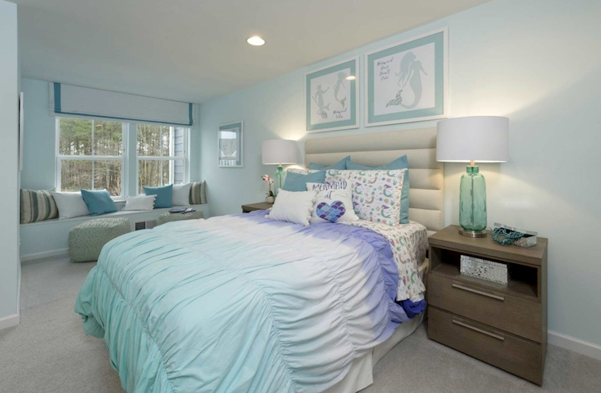 Heron's Ridge at Bayside Bethany Large secondary bedrooms with optional window seat