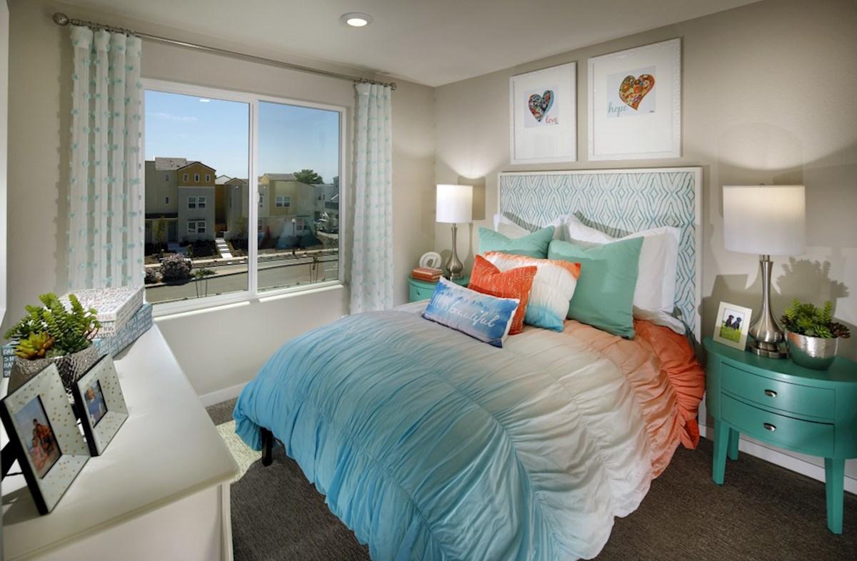 Natomas Field Lillian bedroom 2