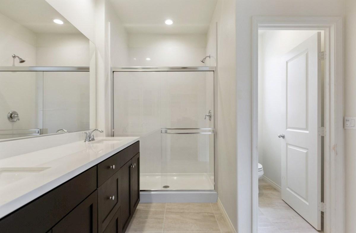 Liberty quick move-in Liberty-Master Bathroom