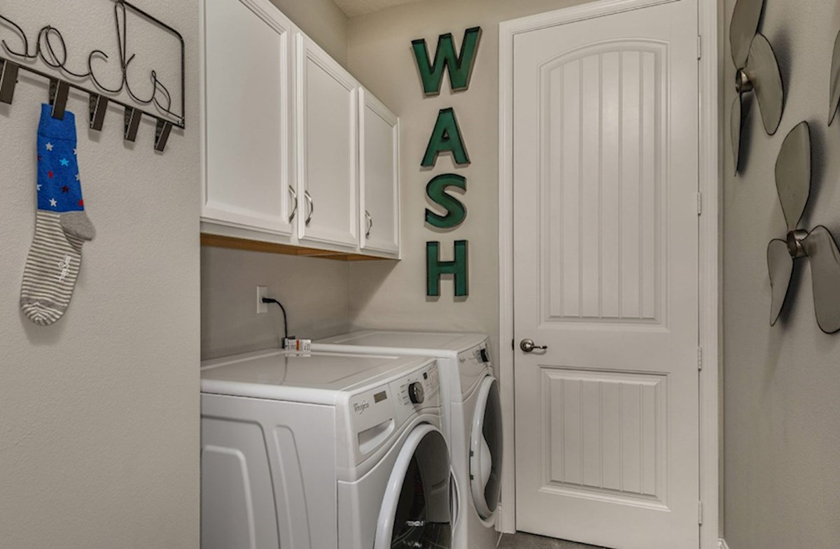 Luciana quick move-in laundry room