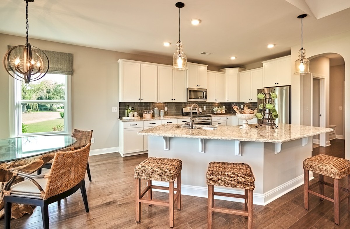 Belle Mer Reynolds kitchen features a breakfast area for casual dining