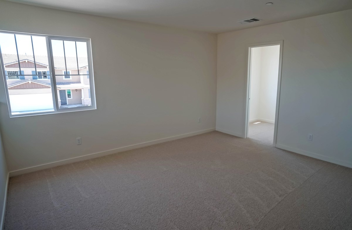 Manzanita quick move-in loft with plenty of living space