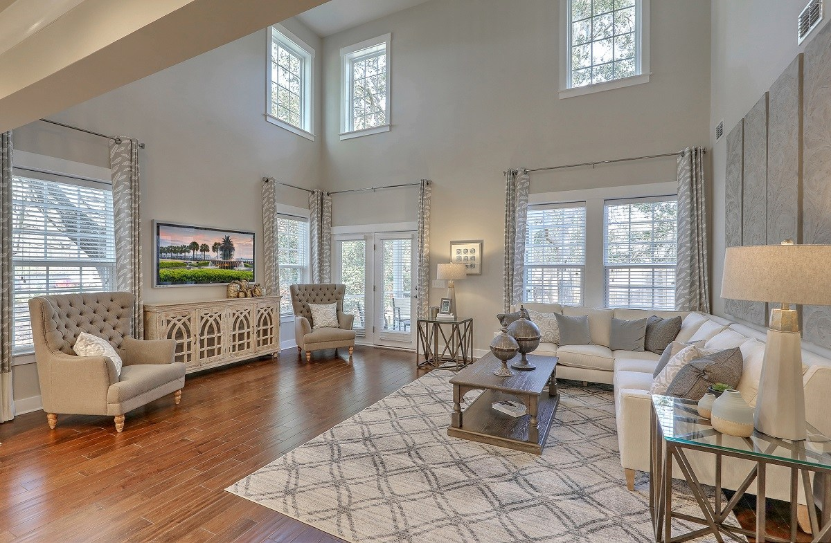 Bentley Park Dogwood two-story great room
