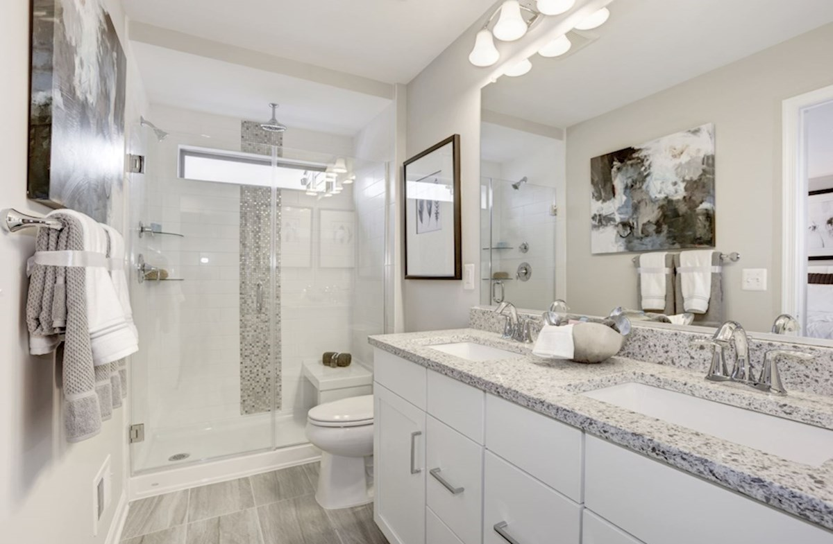 Leesburg Place Kennedy spacious bathroom