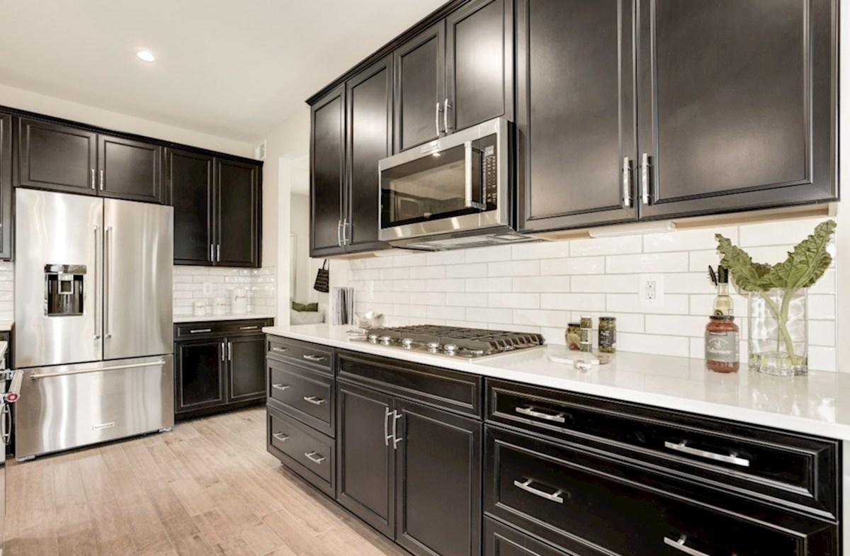 Harpers Run Oxford expansive kitchen