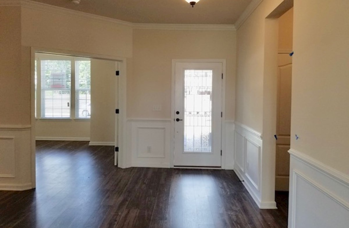 Valleydale quick move-in spacious foyer
