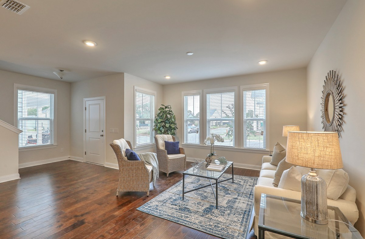 The Marshes at Cooper River Drayton welcoming living room