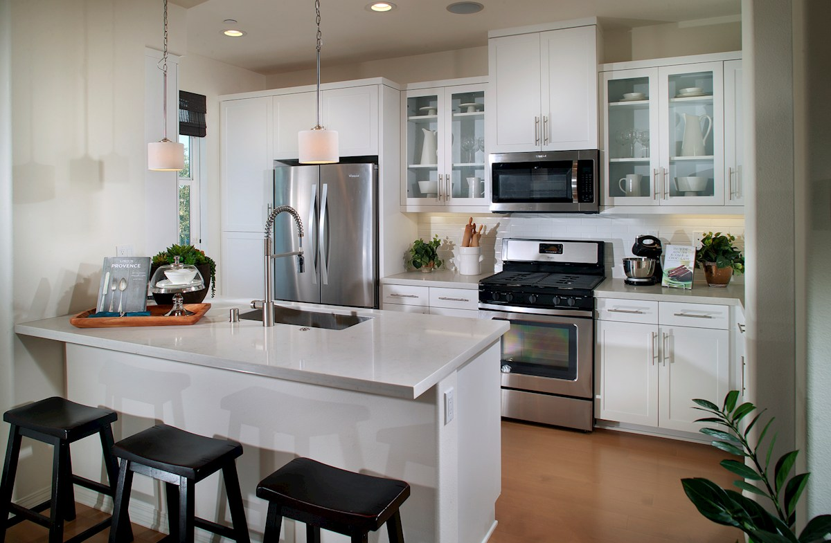 Bayside Landing Anchor Kitchen breakfast bar for casual dining
