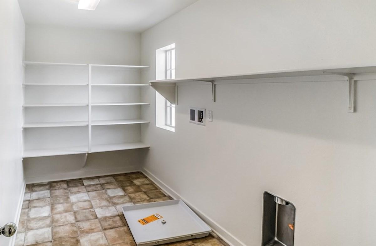 Manzanita quick move-in Manzanita- Laundry Room