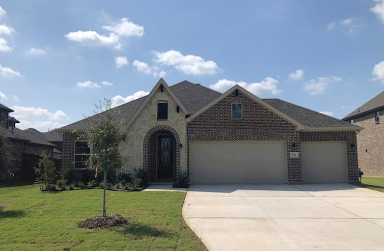 Covington Elevation French Country M quick move-in