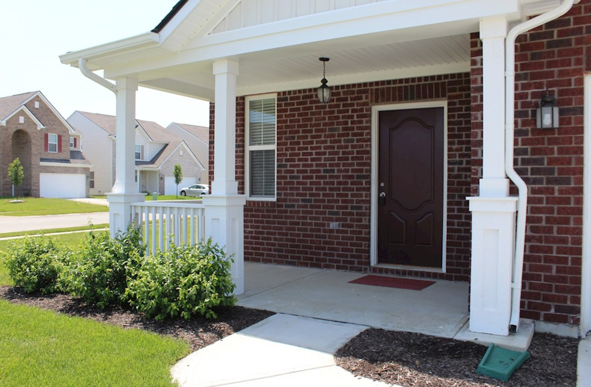 Hartford quick move-in Relax on this cozy front porch
