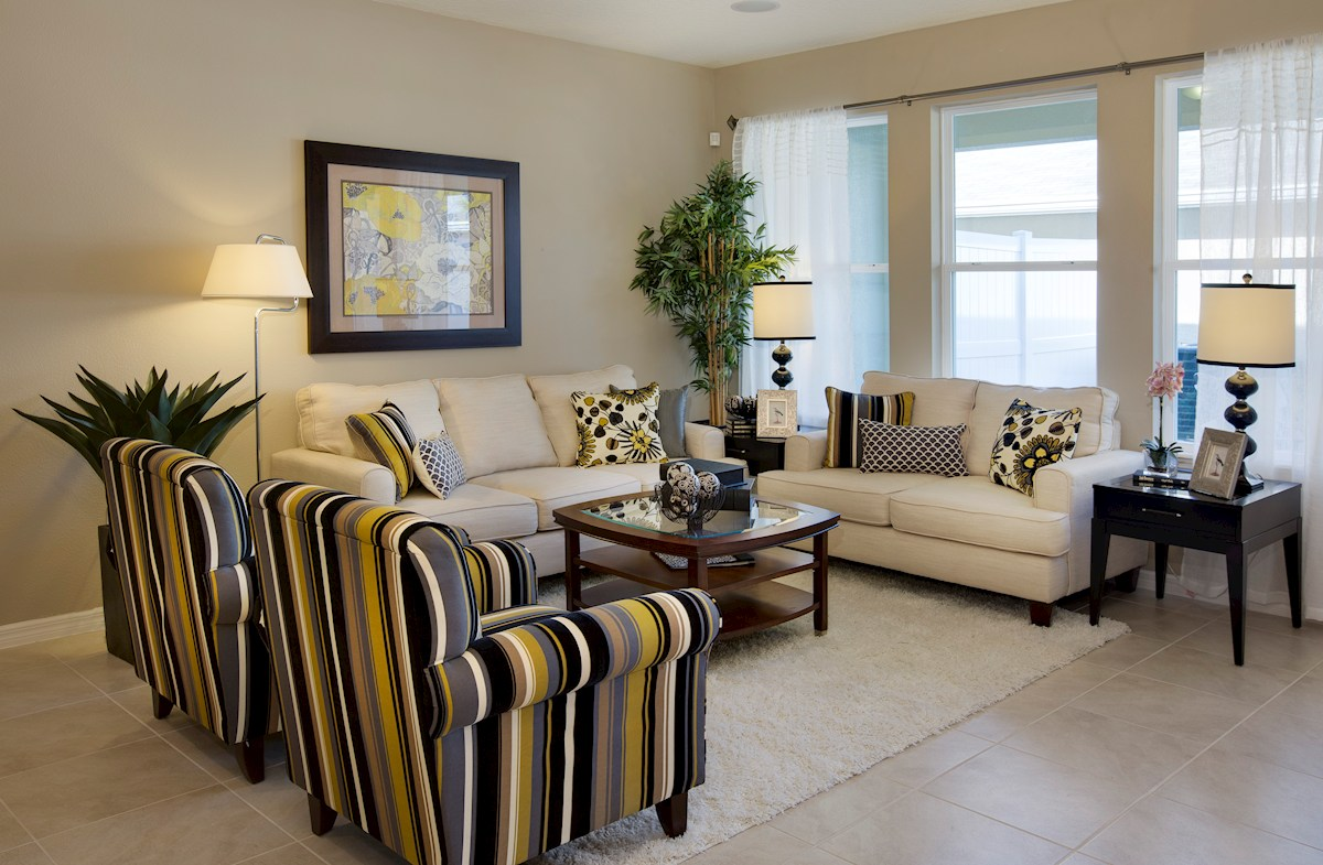 Summerlake Townhomes Richmond open family room