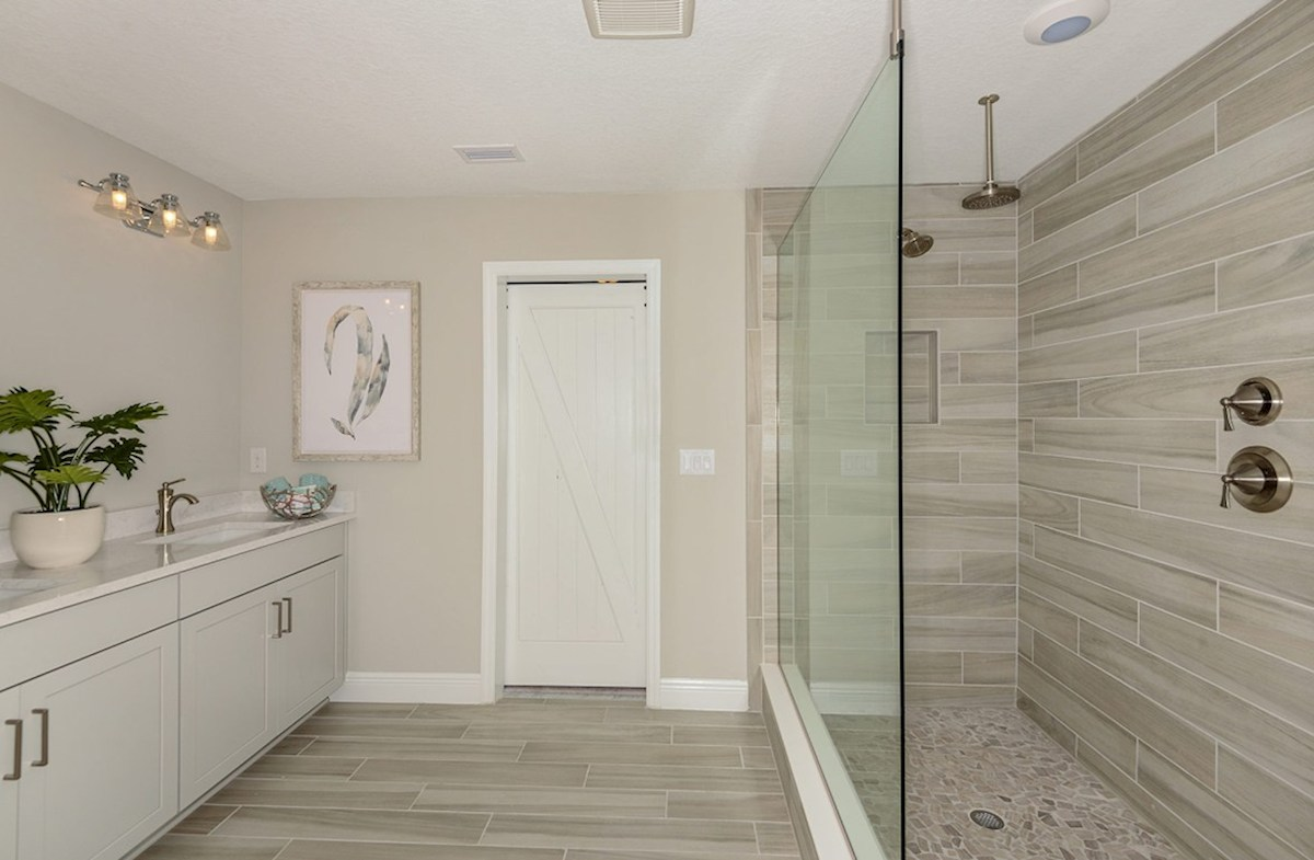 Reserve at Citrus Park Lucia Bay Master bath with sports shower and dual vanity