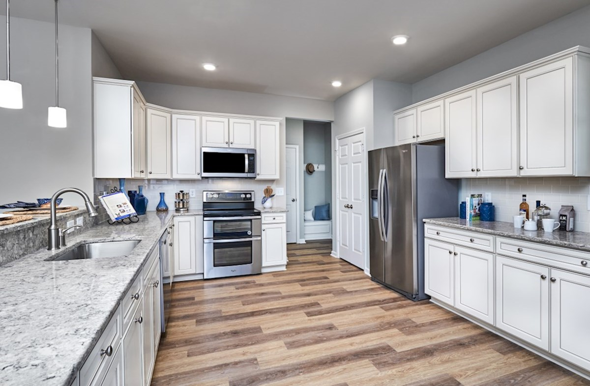 Spring Mill Plantation Camden kitchen features expansive counterspace
