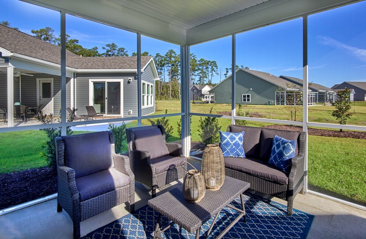 Surfside Plantation Windsor screened porch to enjoy the outdoors