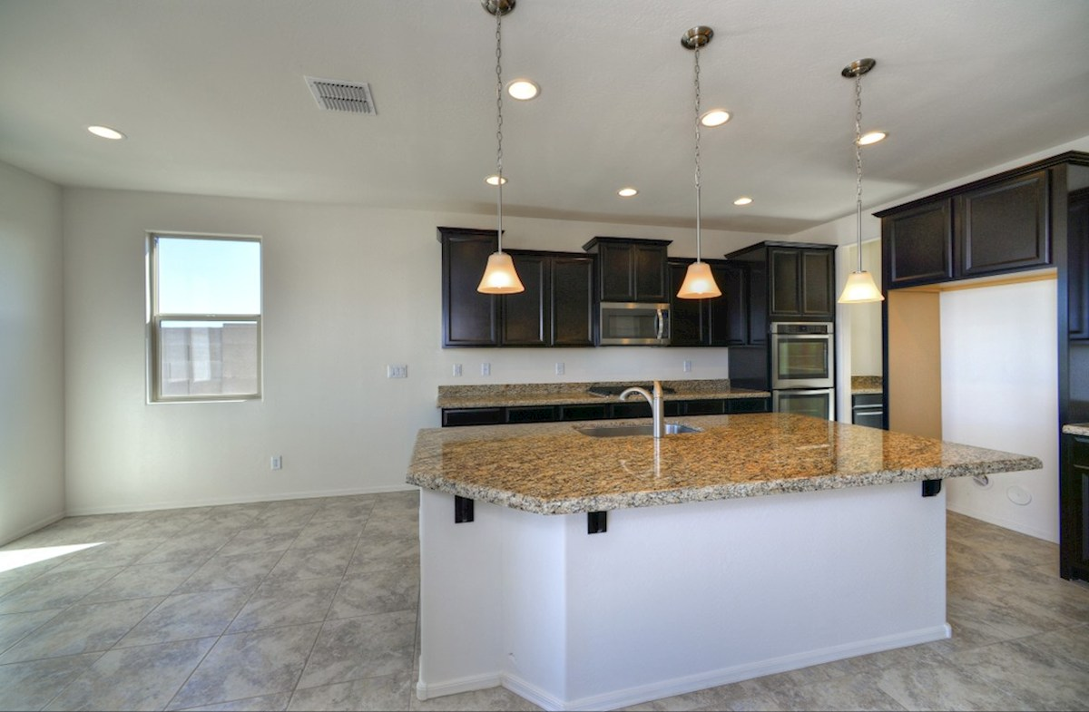 Rockwell quick move-in large island