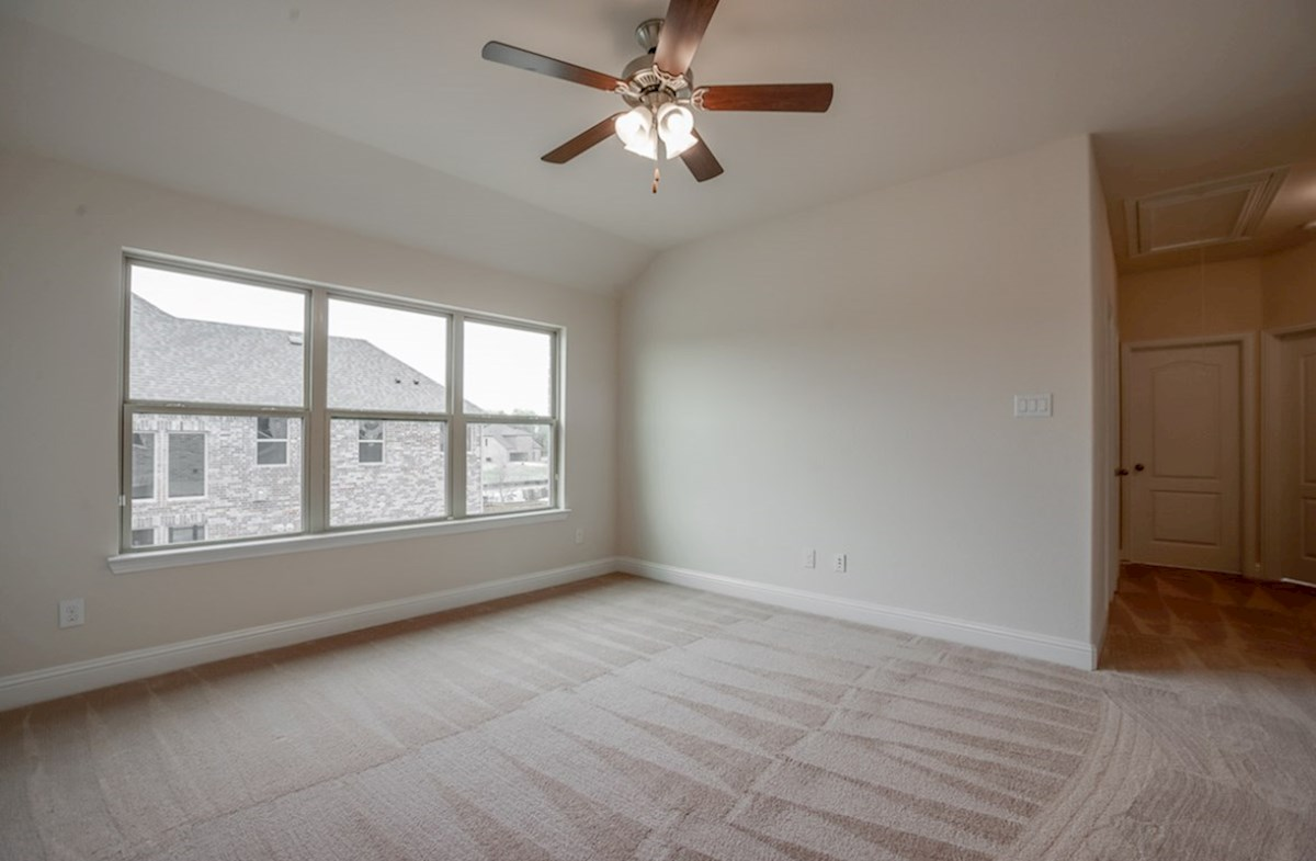 Brazos quick move-in large bedroom with tall ceilings