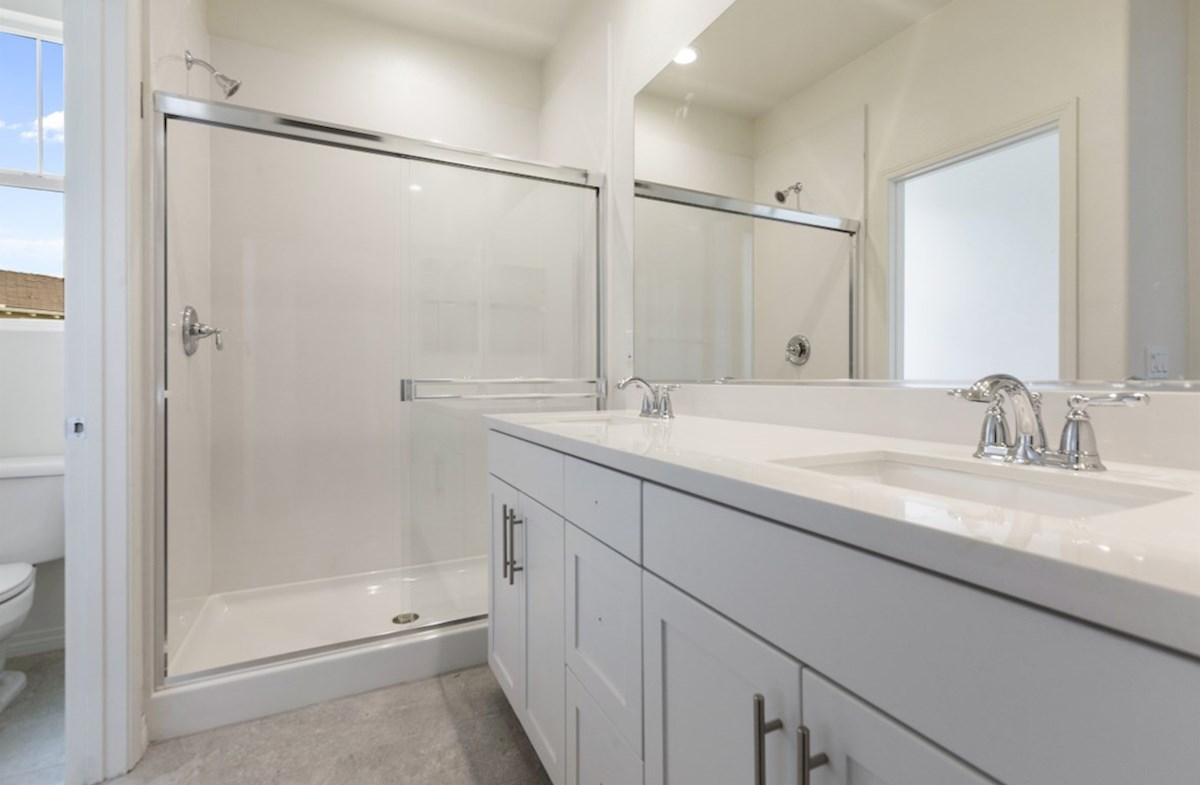 Pipit quick move-in Pipit-Master Bathroom