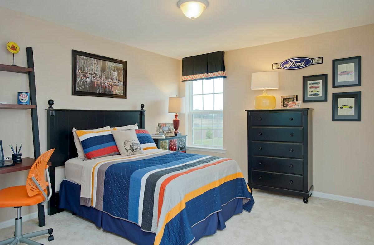 Wincopia Farms Oxford capacious secondary bedroom