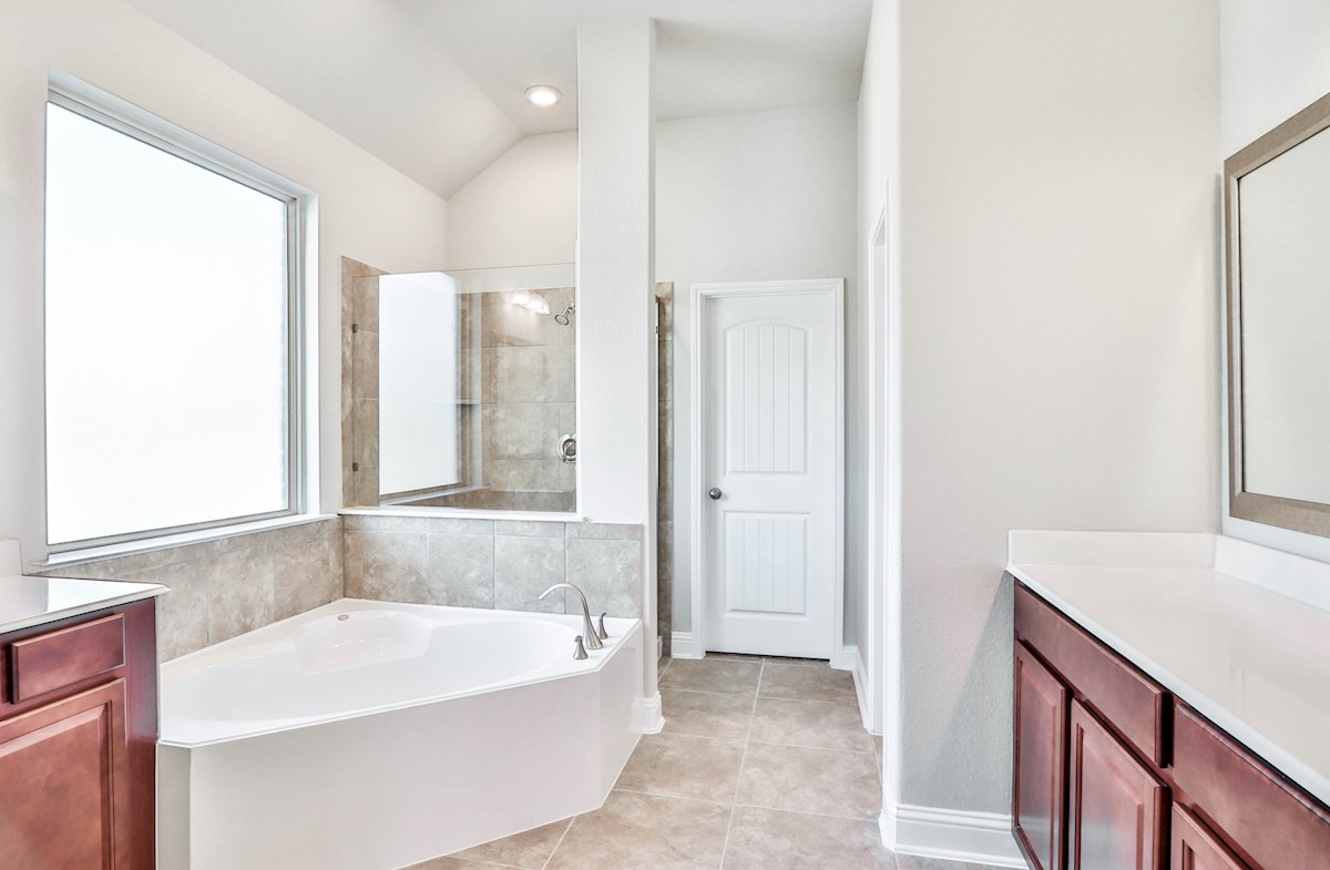 Sedona quick move-in spa-like master bathroom
