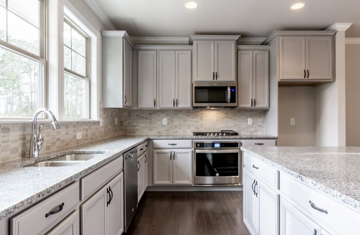 Piedmont quick move-in Kitchen with granite countertops