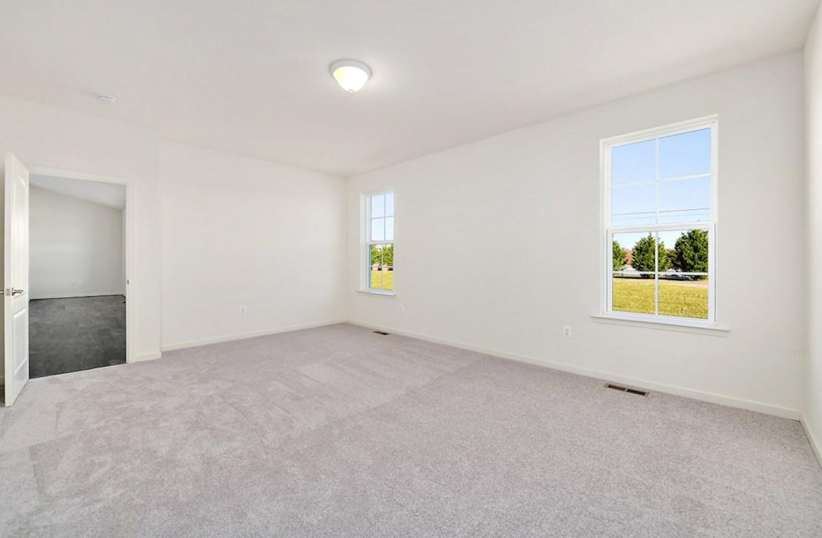 Dirickson quick move-in Dirickson master suite with carpet