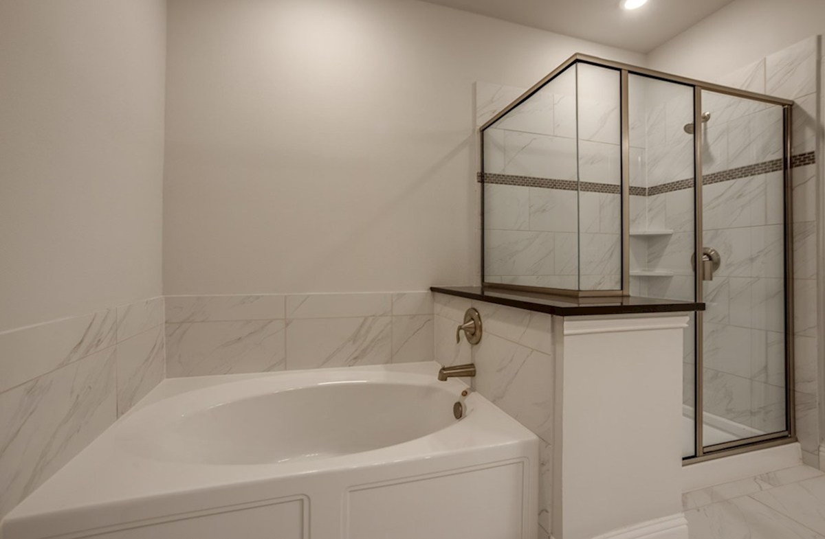 Sherwood quick move-in Sherwood Master Bath