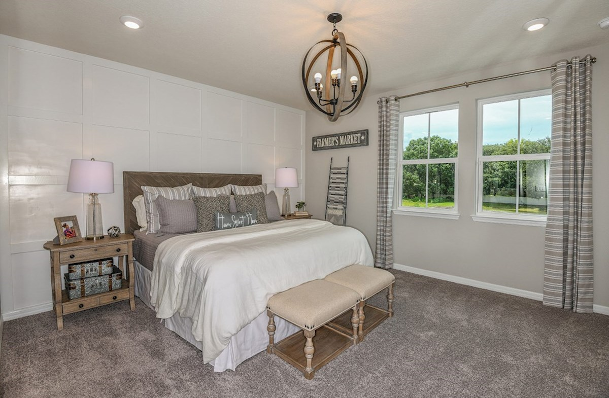 Kemerton Place Siesta Key Furnished master bedroom