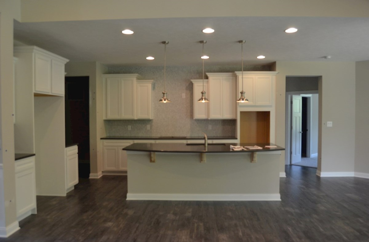 Charleston quick move-in Gourmet kitchen with large island