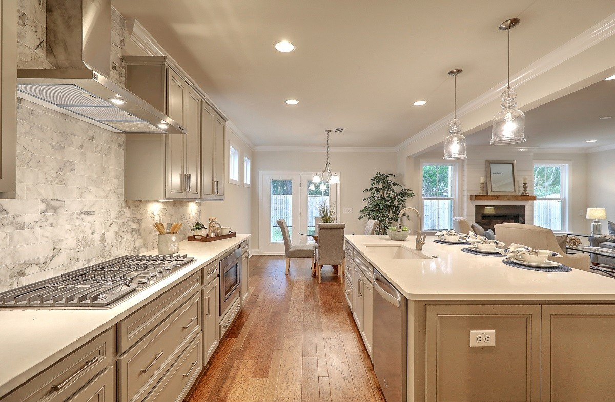Bentley Park White Oak open-concept kitchen and great room