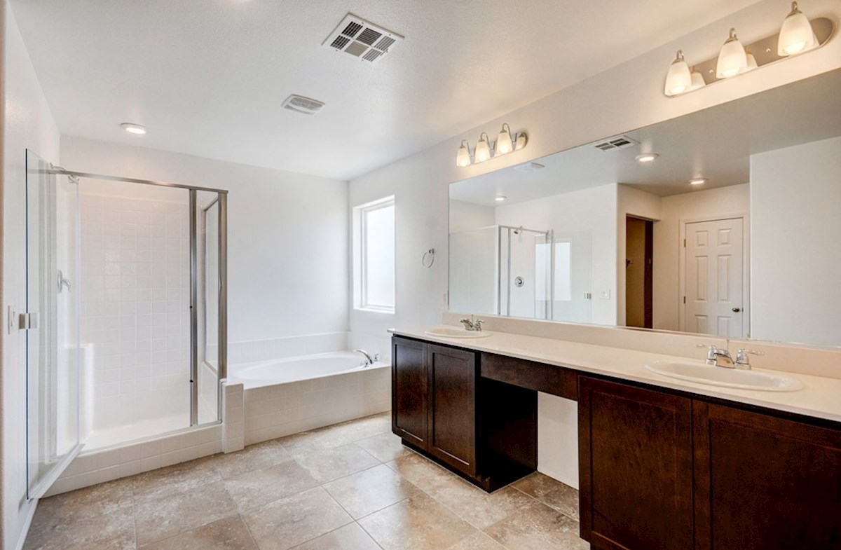 Pembroke quick move-in separate tub and shower in master bath