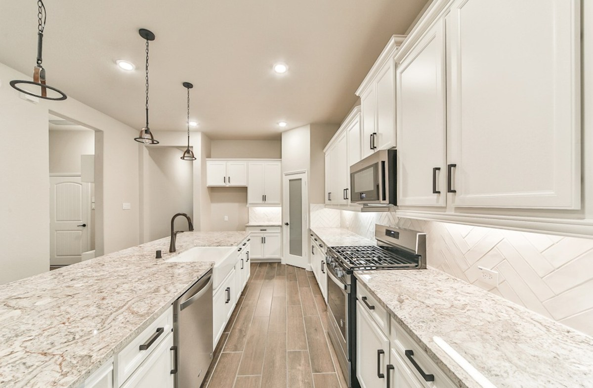 Serendipity quick move-in kitchen with farmhouse style sink